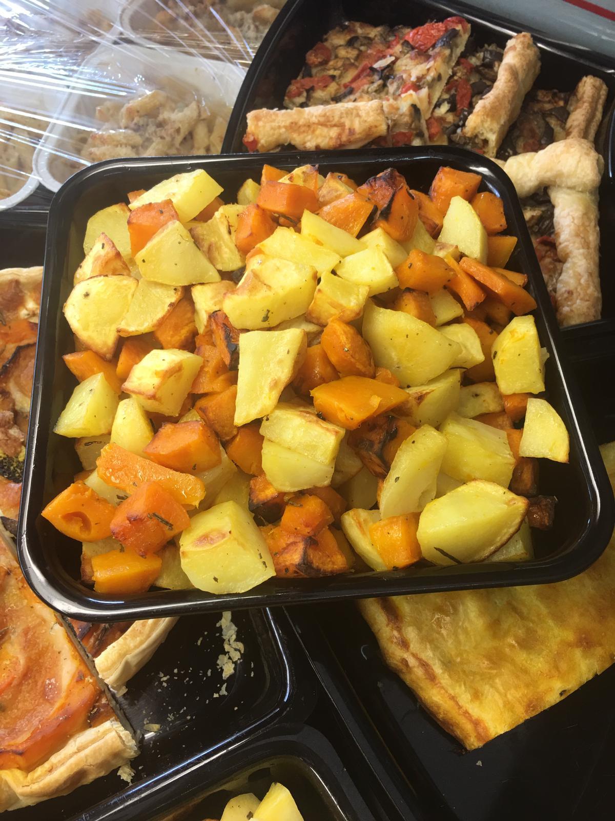 Da 'La Fruttivendola' frutta e verdura di qualità, fresca e anche cucinata